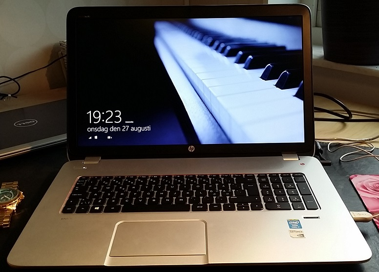 HP ENVY 17-j166no Notebook PC 17 tum