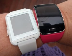 U8 U watch vs Samsung Gear S