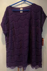 lila tröja från walmart utan ärmhål purple top from walmart with no opening for arm hole